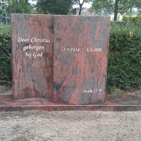 Staan monument S04 Gebr. Ridder Grafmonumenten Bovensmilde en Lutten Eden Groep