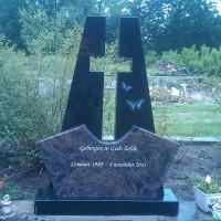 Staand monument S19 Gebr. Ridder Grafmonumenten Bovensmilde en Lutten Eden Groep