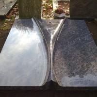 Dubbele grafstenen nr. D33 gebr. Ridder Grafmonumenten Bovensmilde en Lutten Eden Groep
