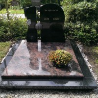 Dubbele grafstenen nr. D05 Gebr. Ridder Grafmonumenten Bovensmilde en Lutten Eden Groep