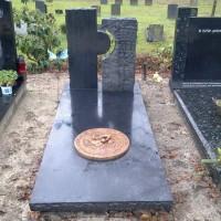 Enkele grafstenen E03 Gebr. Ridder Grtafmonumenten Bovensmilde en Lutten Eden Groep