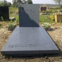 Enkele grafstenen E05 Gebr. Ridder Grafmonumenten Bovensmilde en Lutten Eden Groep