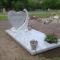 Enkele grafstenen E12 Gebr. Ridder Grafmonumenten Bovensmilde en Lutten Eden Groep