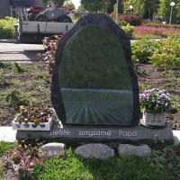 Staand monument S21 Gebr. Ridder Grafmonumenten Bovensmilde en Lutten Eden Groep