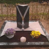 Dubbele grafstenen nr. D12 Gebr. Ridder Grafmonumenten Bovensmilde en Lutten Eden Groep