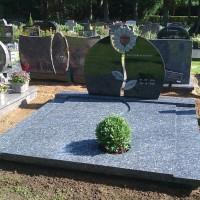 Dubbele grafstenen nr. D37 Gebr. Ridder Grafmonumenten Bovensmilde en Lutten Eden Groep
