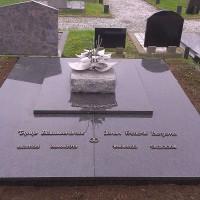 Dubbele grafstenen nr.D10 Gebr. Ridder Grafmonumenten Bovensmilde en Lutten Eden Groep