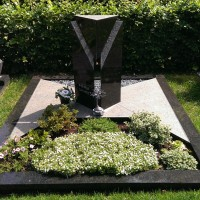 Dubbele grafstenen nr. D09