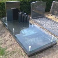 Enkele grafstenen E07 Gebr. ridder Grafmonumenten Bovensmilde en Lutten Eden Groep
